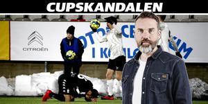 Bara förlorare på Behrn arena. ÖSK och IFK Göteborg var båda förlorare i den match som slutade 3–3. Istället var det superettanlaget Gais som gick vidare – med hjälp av den trepoängare laget tilldömdes efter den avbrutna matchen i måndags. Snurrigt värre!