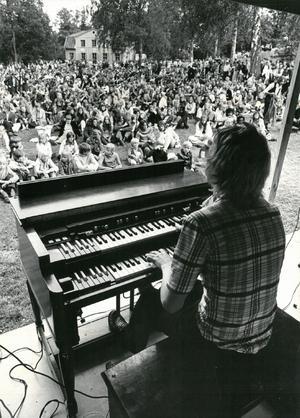21 juni 1971. Musikfestivalen i Sommarro ordnades av Power house och Nerikes Allehanda.