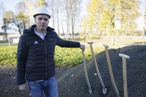 Upp till 25 man kommer att vara sysselsatta med bygget vid Grågåsvägen, berättar Pierre Andreasson.