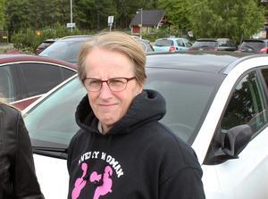 Ger sig inte. Monica Mandt Pettersson funderar ju på hur hon ska gå vidare. Hon har fått avslag, både från försäkringsbolag och Västerås stad.