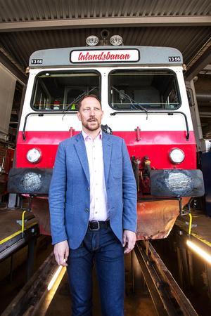 Inlandsbanans vd Peter Ekholm hoppas att regeringen ska ställa sig bakom miljardsatsningen på järnvägen i inlandet.