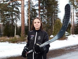 Agnes Kronbergs dröm är att gå hockeygymnasium.