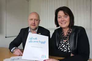 Moderaterna i Skövde har tagit fram ett trygghetspolitiskt program. På fredagen presenterades det av Anders G Johansson och Katarina Jonsson.