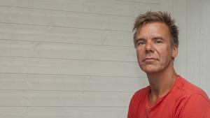 Magnus Proos är en av flera brändmän från Svegs brandstation som varit ute i Fågelsjö/Lillåsen.
