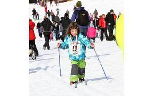 Frida Porelius, 5 år, var inte trött fast hon åkt över två kilometer.