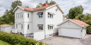 Veckans dyraste hus Oscarsgatan 37 i Sundsvall såldes för 4 375 000 kronor. Foto:  Svensk Fastighetsförmedling