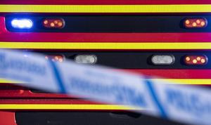 En person räddades från en brand när grannen slog larm.