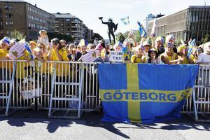 Supportrar till Julia Roddars Göteborg FC var förstås på plats för att hylla VM-laget.