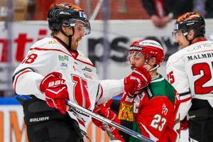 Joakim Anderssons Örebro var numret större än Tomas Skogs Mora. Foto: Daniel Eriksson/Bildbyrån