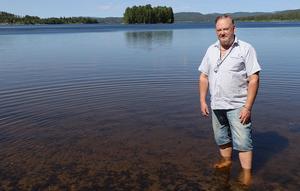 Borgsjön är det personliga vattenhålet för Hans-Erik Beck, och han säger sig heller inte vara emot en renovering av badhuset i Fränsta. Frågan gäller i stället i vilken omfattning och till vilket pris simhallen ska åtgärdas.