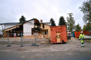 Huset är i för dåligt skick för att rustas. Därför ska gamla Pärlan i Enbacka rivas.
