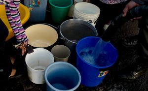 Det råder brist på rent dricksvatten i Bolivia. Nu ska Ingenjörsfirma Ros AB i Leksand hjälpa till att rena vattnet i landet. Foto: Juan Karita