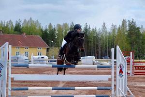 Foto: Insänt. På bild: Agnes Olsson med hästen Bay Andy.