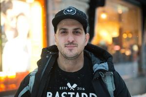 Rickard Enbom, 32, restaurangmedgrundare, Boden.