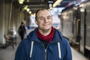 Johan Hilton till Örebro och Länsteaterns samtalsserie Konstnärligt talat. Foto: Claudio Bresciani / TT