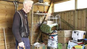 Erik Rickardsson skänkte både en fond på en miljon och huset på Ågärdsgatan till Kattvännerna i KAK för att hjälpa hemlösa katter. Dessutom fortsatte han att skänka pengar till föreningen, bland annat genom att arrangera loppis.