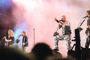Sabaton på hårdrocksfestivalen 2018.