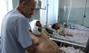 På måndagen detonerade ännu en kraftig bilbomb i den afghanska huvudstaden Kabul. Minst en person dödades och 65 personer skadades, varav flera behövde sjukhusvård. Foto: Rahmat Gul/TT