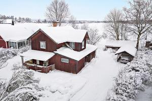 Denna trerumsvilla i Alderbäcken, Borlänge kommun, var det åttonde mest klickade objektet på Hemnet under förra veckan.Foto: Patrik Persson