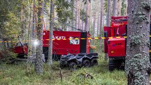 """""""Borrmaskinen är på plats i skogen där det förhoppningsvis finns mineraler och inte påverkar naturen så mycket"""", förklarar Hein Raat."""