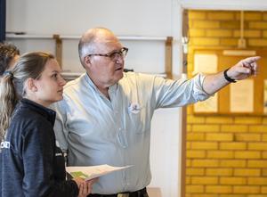 Stefan Hedlund tillsammans med Nina Skogberg från Hälsotorget