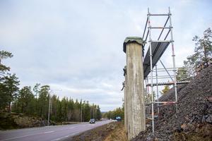 Skidbron ska förbinda spåren mellan Hällåsen och Hällmyra.