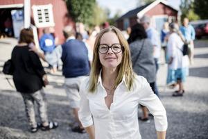 """""""Det är energipåfyllnad att träffas, man samlar ny energi och tänker nu jävlar"""", säger Frida Bylund (C)."""