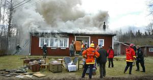 Villabrand i Österbo i Smedjebackens kommun. Foto: Gunne Ramberg.