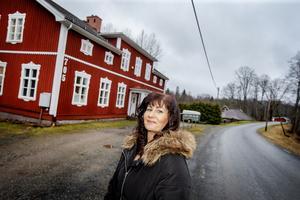 Anette Eriksson berättar att det letades objekt i form av en