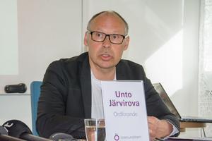 Unto Järvirova ledde styrelse två som fortsatte ge Camp Södergren pengar.