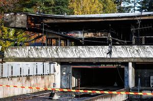 Garaget har efter branden stängts av.