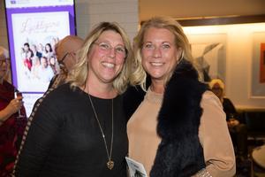 Maria Holmgren med sin syster Catharina Elmsäter-Svärd.