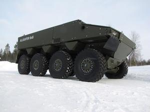 Här är Hägglunds nya stridsfordon Alligator. Hägglunds har fått en andra chans och förhoppningarna är nu att få leverera Alligatorn till det svenska försvaret.