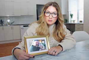 Sara Sjöstrand beskriver sin bortgångne far som väldigt snäll och väldigt omtänksam.