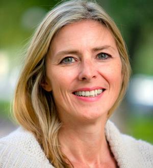 Kristina Riegert, professor vid Enheten for journalistik, medier och kommunikation (JMK) på Stockholms universitet. Foto: Stockholms universitet