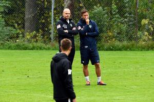 Jönköpings Södras nye tränare Andreas Brännström, till vänster, tackade enligt egen utsago nej till IFK Göteborg.