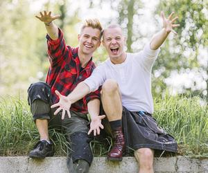 Än så länge har Byggbögarna-fansen inte fått ett samlingsnamn, men Daniel Österhof och Michael Westlund har spånat på