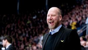 Sportchefen Patrik Zetterberg kommer nästa säsong inte stå i båset, utan en assisterande tränare är på väg in i laget.