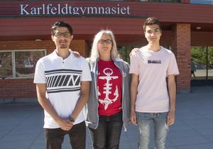 Nazir och Mahdi går på Karlfeldtgymnasiet.