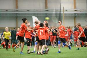 Sikeå slog ut Sävar i ett västerbottniskt kustderby. Efter 14–12 i B-semifinalen fick Sikeås P05:or jubla. I finalen var Uppsala för starka och vann med 23–14.