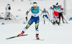 Idrottsintresserade på äldreboendet Alnösol tackar chefen för att de får se på OS, som till exempel när Charlotte Kalla tog guld i skiathlon.