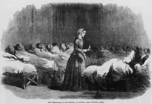 """Florence Nightingale var en brittisk sjuksköterska och sjukvårdsreformator. Hon gjorde uppmärksammade insatser under Krimkriget och senare i London. Florence Nightingale räknas som en av grundarna av det moderna sjuksköterskeyrket. Hon kallades ibland för """"damen med lampan"""" för hennes vana att se till sina patienter även på natten. Källa: Wikipedia"""