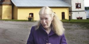 Vibeke Olsson Falk deltar i båda temdagarna. Ämnet den 17 augusti är sågverken och Sundsvallsstrejken. Den 14 september är temat arbetarlitteratur. Bild: Elin Larsson