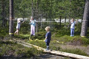 Bosse Edman byggde en egen bana till sina barnbarn för några år sedan.