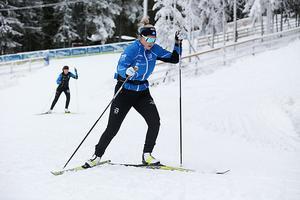 Agnes Öhrn, Bergeforsen, ute på ännu ett varv i den vackra Hallstaterrängen.