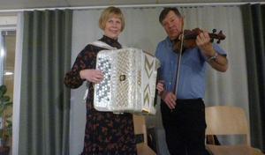 Britt-Marie Jonsson och Tommy Hansson .
