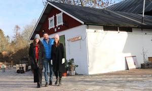 På väg mot premiären. Cecilia Säverman, Sebastian Edberg och Sara Edberg släpper snart lös den nya mordgåtan