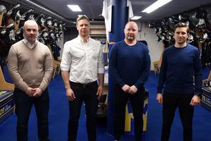 HV71:s nya tränarkvartett samlad. Från vänster: Stefan Nyman, Nicklas Rahm, Jonas Holmström och William Rahm.