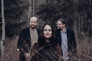 Triakel är Janne Strömstedt, Emma Härdelin och Kjell-Erik Eriksson. Foto Marléne Nilsén