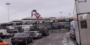 Mannen stoppades när han skulle köra ombord på en färja i Värtahamnen.  (Bilden är tagen vid ett annat tillfälle.)